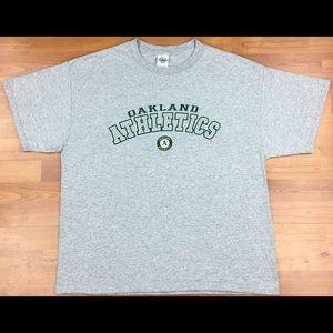 MLB Oakland Athletics Graphic Men's Shirt Size XL
